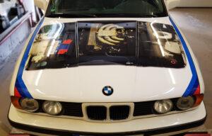 Alter BMW in neuem Glanz